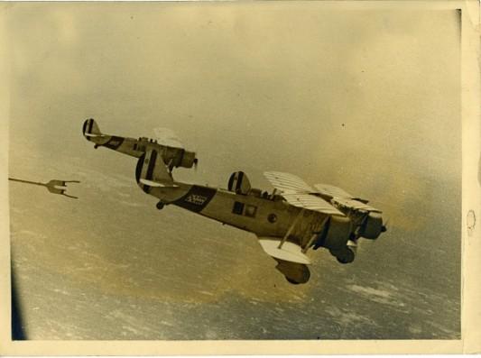 Fonds Edoardo Aprile: Aprile 1b_007  –  Avion © Memorie coloniali. Légende: Elisabetta Frascaroli.
