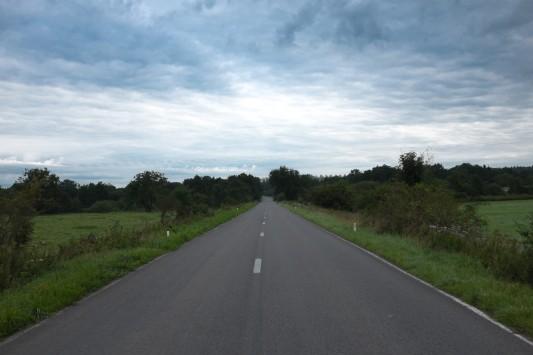 La route de Rossignol, passé le pont de Breuvanne, le 22 août 2014 au matin. Photo: Olivier Favier.